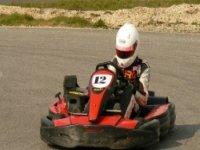Pilotez un kart de location avec Bretagne Karting