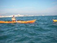 Explorer les criques en kayak