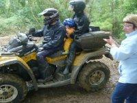 Famille en quad