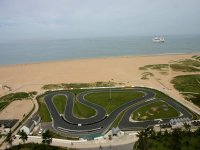 Piste karting sur la plage