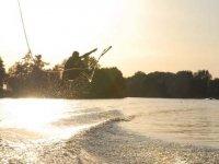 Figures et sauts wakeboard