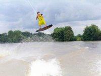 Saut wakeboard