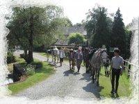 Depart de la sortie a cheval dans la Sarthe