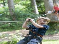 De nombreuse tyroliennes sur les parcours destinés aux enfants