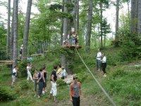 parc dans les arbres a St Etienne du Bois