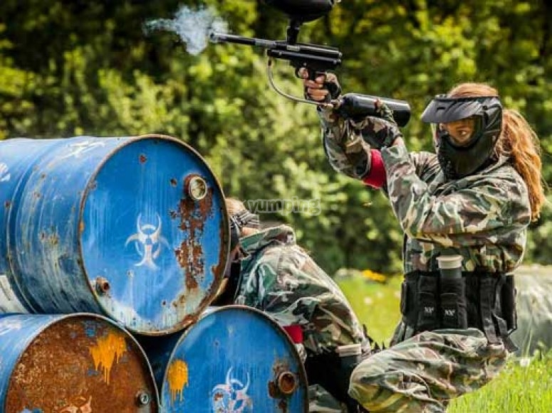 Paintball fille dans l Allier
