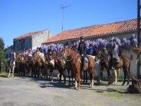 Randonnee equestre en groupe en Vendee