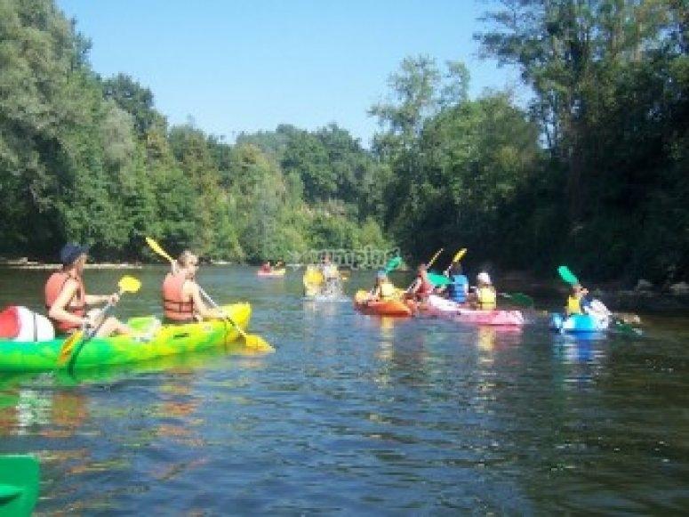Sortie canoe entre collegues sur l Ariege
