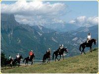 Vers le Col de Menee a cheval