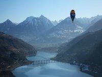 Volez en Montgolfiere dans le ciel des Alpes du Sud
