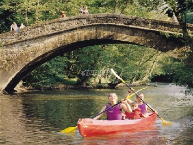 Canoe Enfant sur La Cure