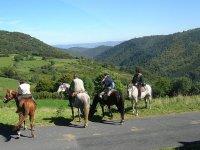 Randonnee equestre sur les chemins de la Lozere