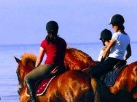 Les Cognets a cheval