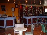 Bar avec vue panoramique sur le Lasermaxx