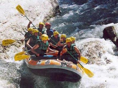 Montagne et Rivière Rafting