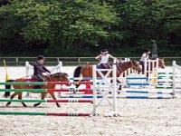 Challenge sportif enfants a cheval