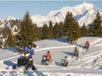 Randonnee en motoneige dans la Haute Savoie