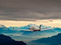 Vol en ULM au dessus des montagnes