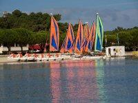 Apprendre a manoeuvrer un catamaran en Gironde