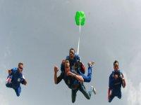 Saut en parachute avec Batair