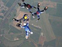 Parachutisme en groupe