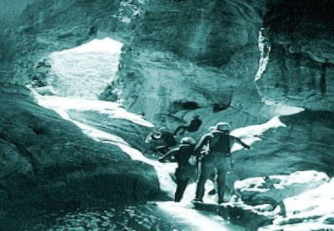 Canyoning en groupe dans les gorges du verdon