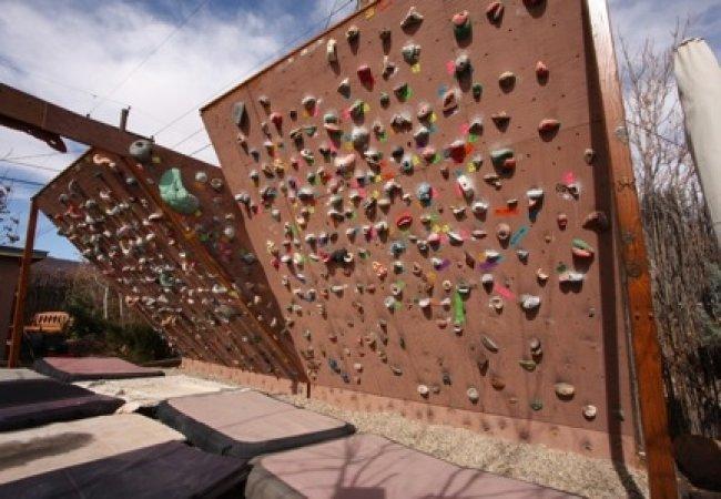 Mur d'escalade en extérieur