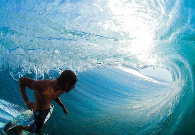 Surf dans le tunnel